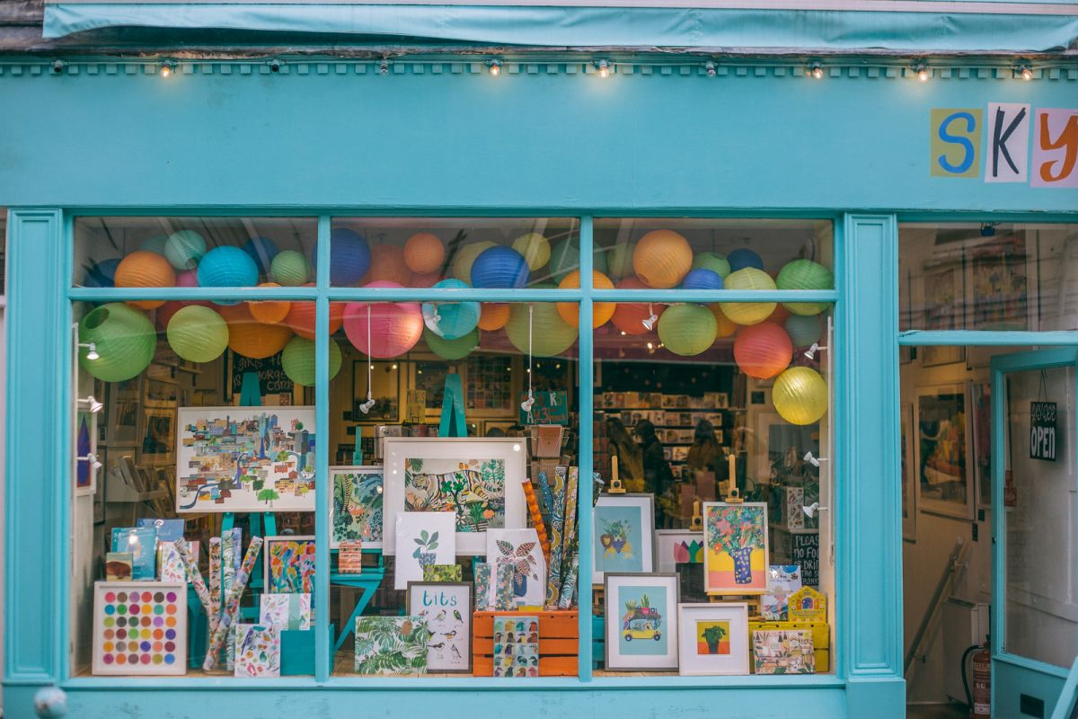 Bristol's Clifton Village Guide