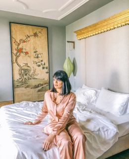 {checked into @mercador_guest_house_porto} and fallen in love with all its 19th century splendor! There's more about my stay on the blog 💕 silk pajamas courtesy of @winserlondon