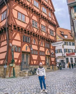 AD {the Christmas market game} in Germany is so, so strong! Be sure to add the Esslingen Medieval Christmas Market on your bucket list. You can see more in my travel highlights! 🎄 gingerbread jumper from @sugarhillbrighton #visitBaWu #tastyBaWu