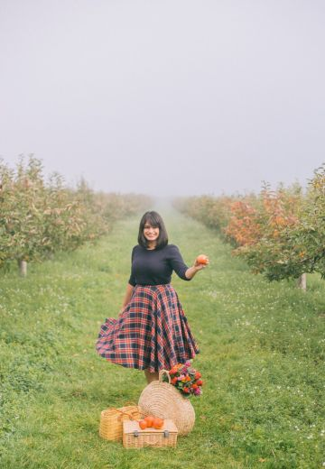 Apple Picking in Kent Cover Image