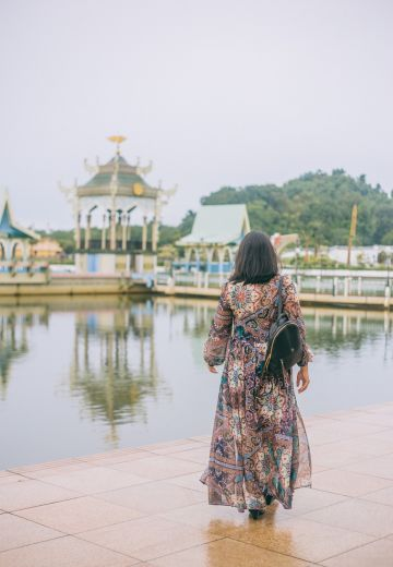 24 hours in Brunei Cover Image