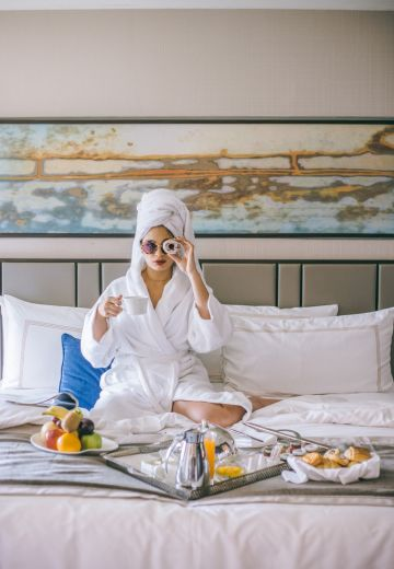 Pamper Weekend at Shangri-La Eros Hotel Cover Image