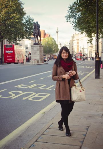 Walking Around London Cover Image