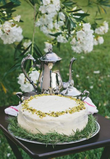 Black Tea and Ginger Cake with Honey Buttercream Cover Image