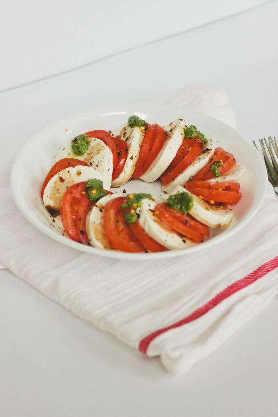 Caprese Salad with Arugula Pesto