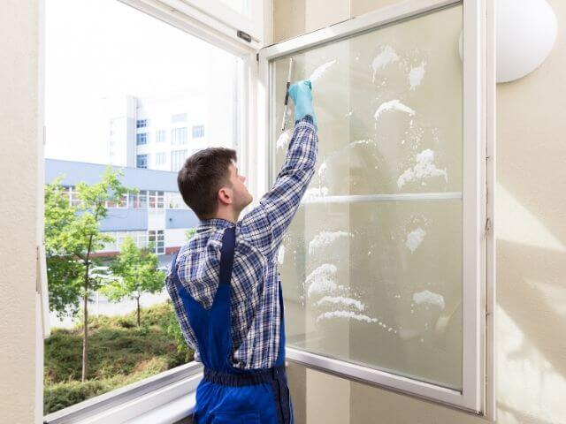 How to clean windows?