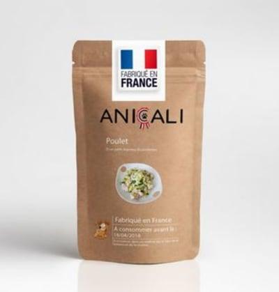 Si vous voulez donner une autre alimentation à votre chien que de la croquette, si vous voulez gâter votre animal, lui offrir de la nourriture de qualité, Anicali est peut-être une bonne solution.