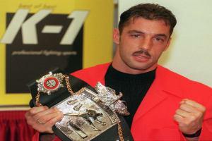 Boxer Andy Hug mit Auszeichnung