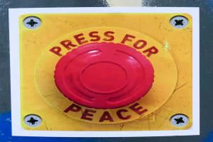 Mit Knopfdruck zum Frieden