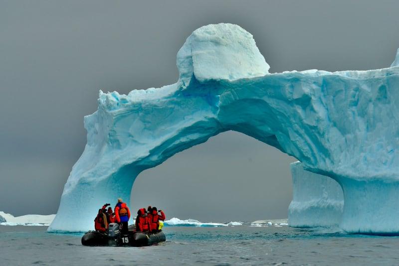 Schmelzende Eisschichten in der Antarktis