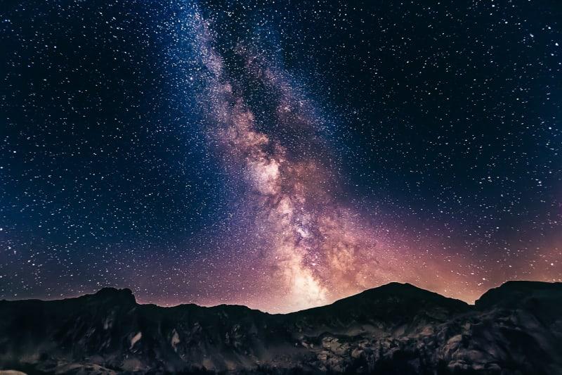 Das Bild zeigt ein wunderschönes Sternenbild