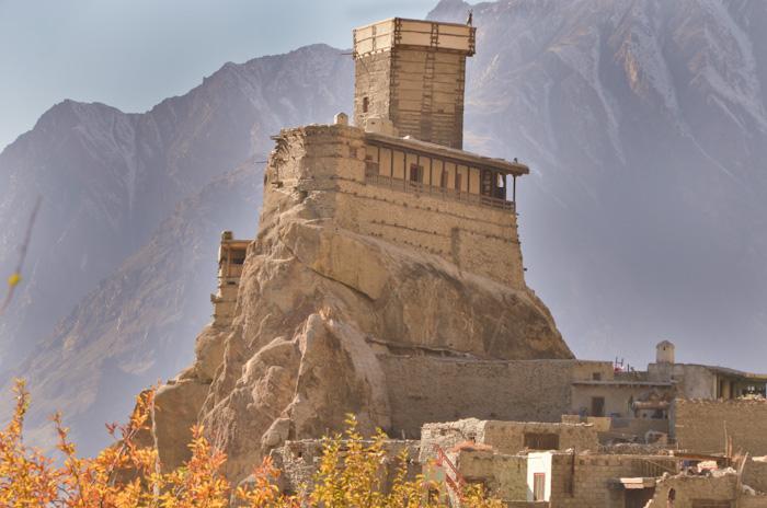 Explore-Altit-Fort-With-Chkar