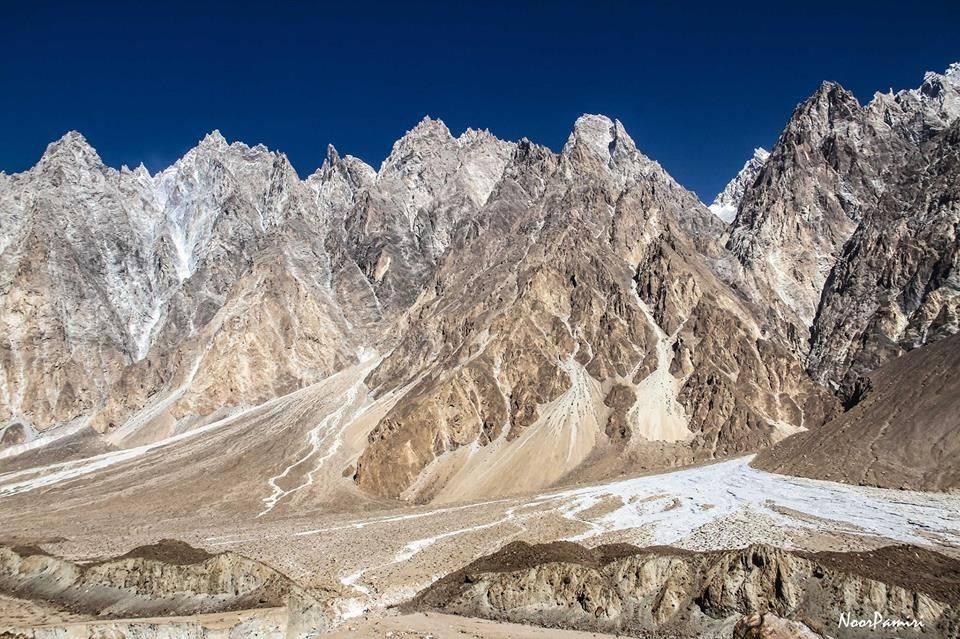 Summit-Batura-Glacier-with-Chkar-Tour-Guide
