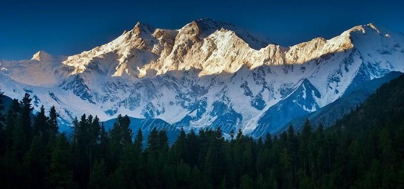 Summit-Nanga-Parbat-with-Chkar-Guide
