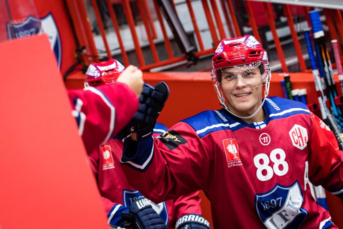 Kort om sport ishockey 2000 01 15
