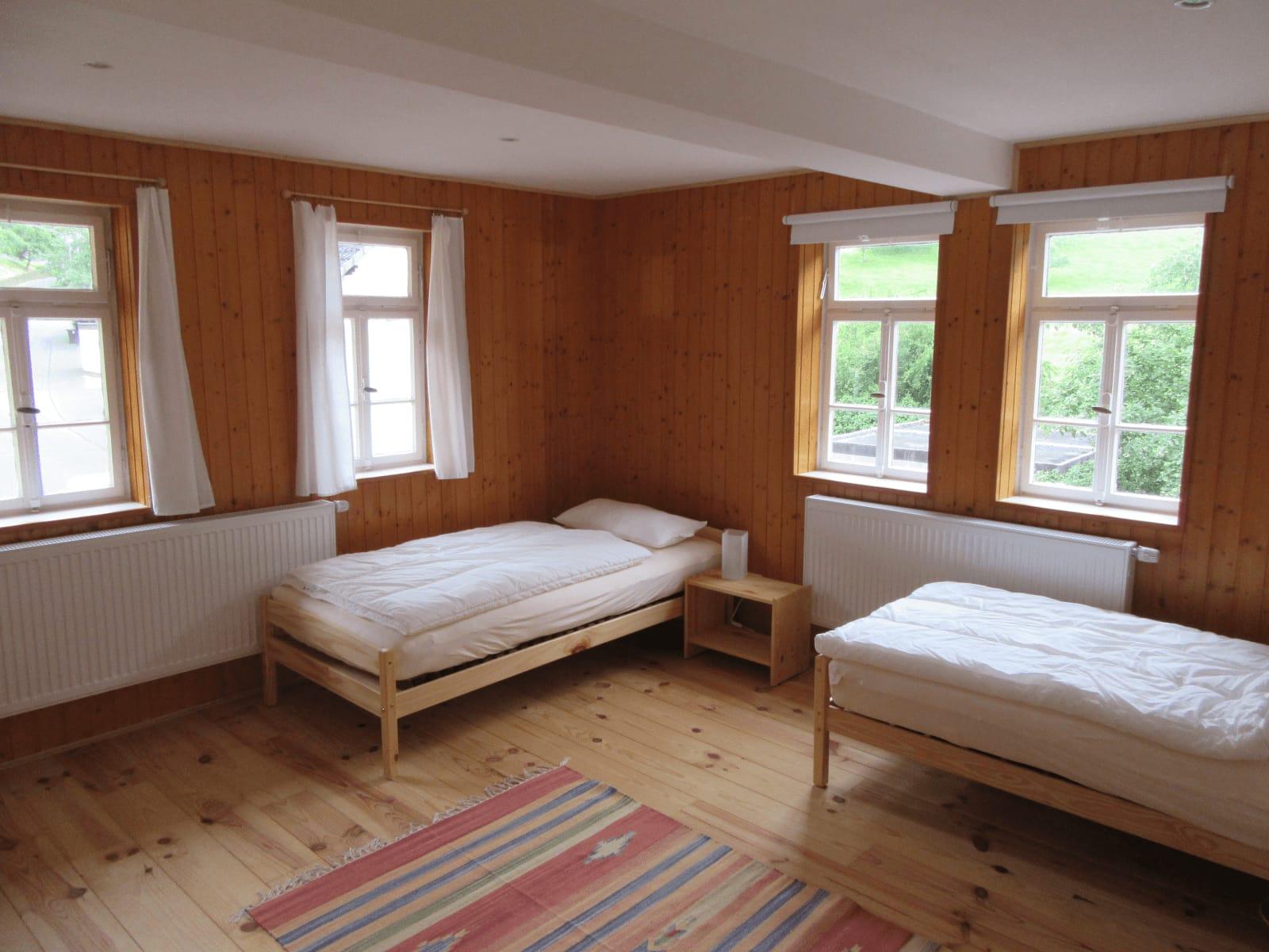 Craniosacral Healing Ausbildung Seminar - … und ein Schlafzimmer im kleinen Fachwerkhaus