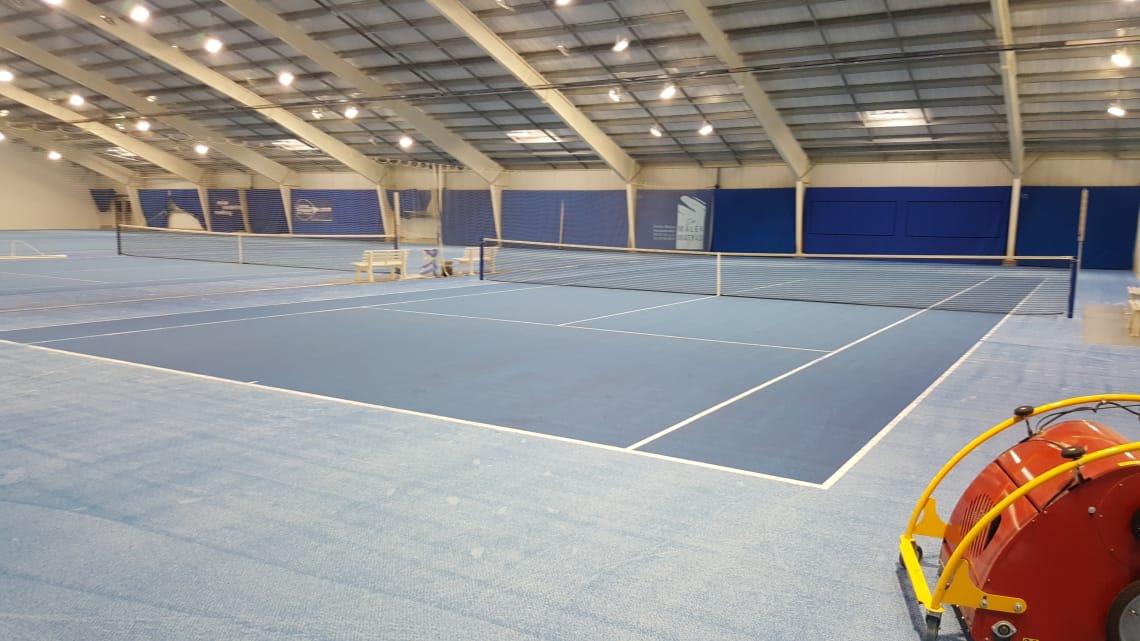 Tennishalle Sportcenter Bluepint Bodenfarbe blau