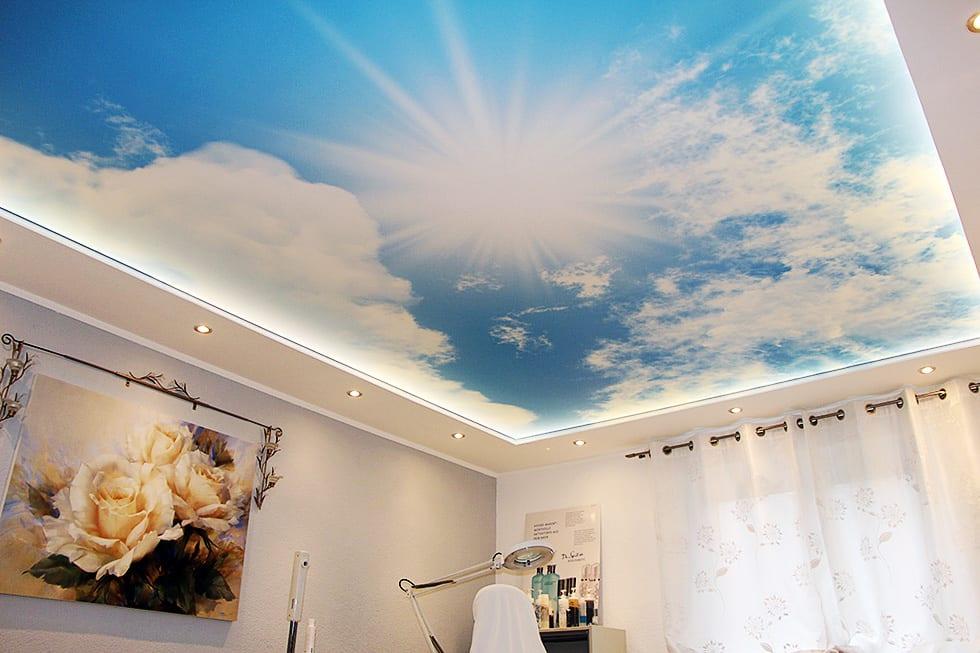 Motivdecke mit Motiv Himmel und Sonne mit integrierten Leuchten