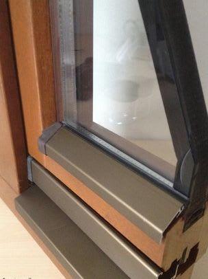 Fenster mit Flügelabdeckschienen
