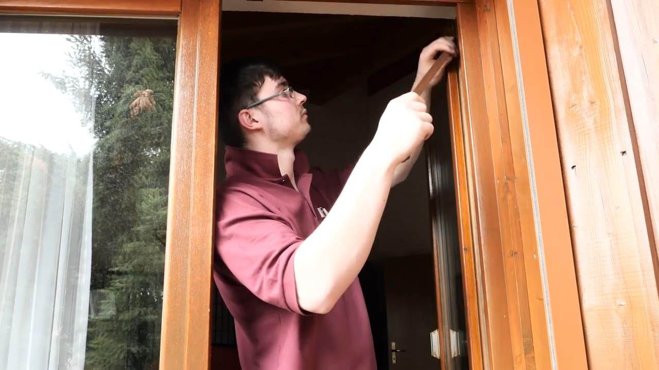 Fensterflügen einstellen und anpassen