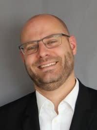 Tobias Braumann Finanzvorstand  Projektleiter Schule 3.0 - Informatik / Mathematik Zentrum für Chemie