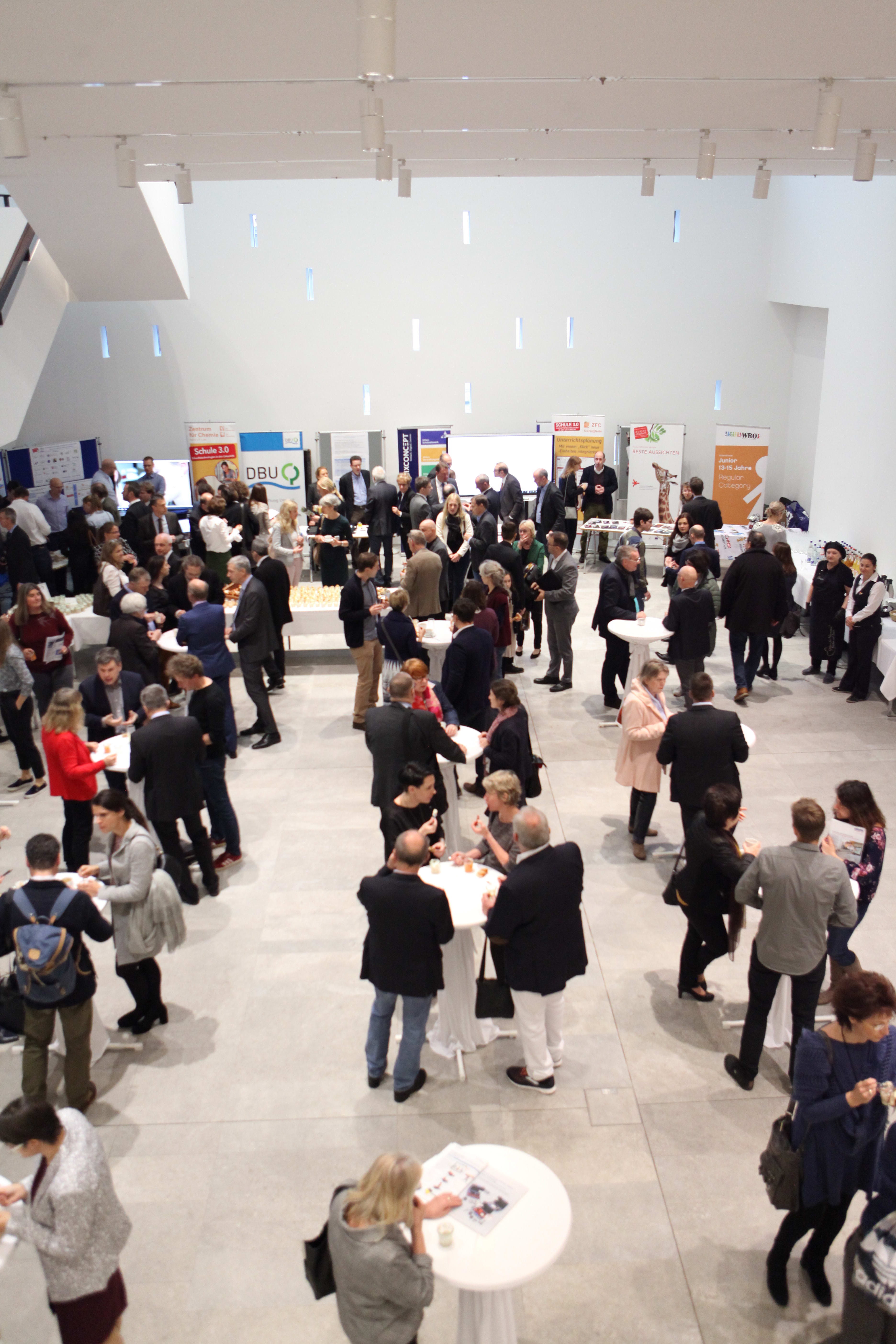 Schule 30 Landtag Ausstellung