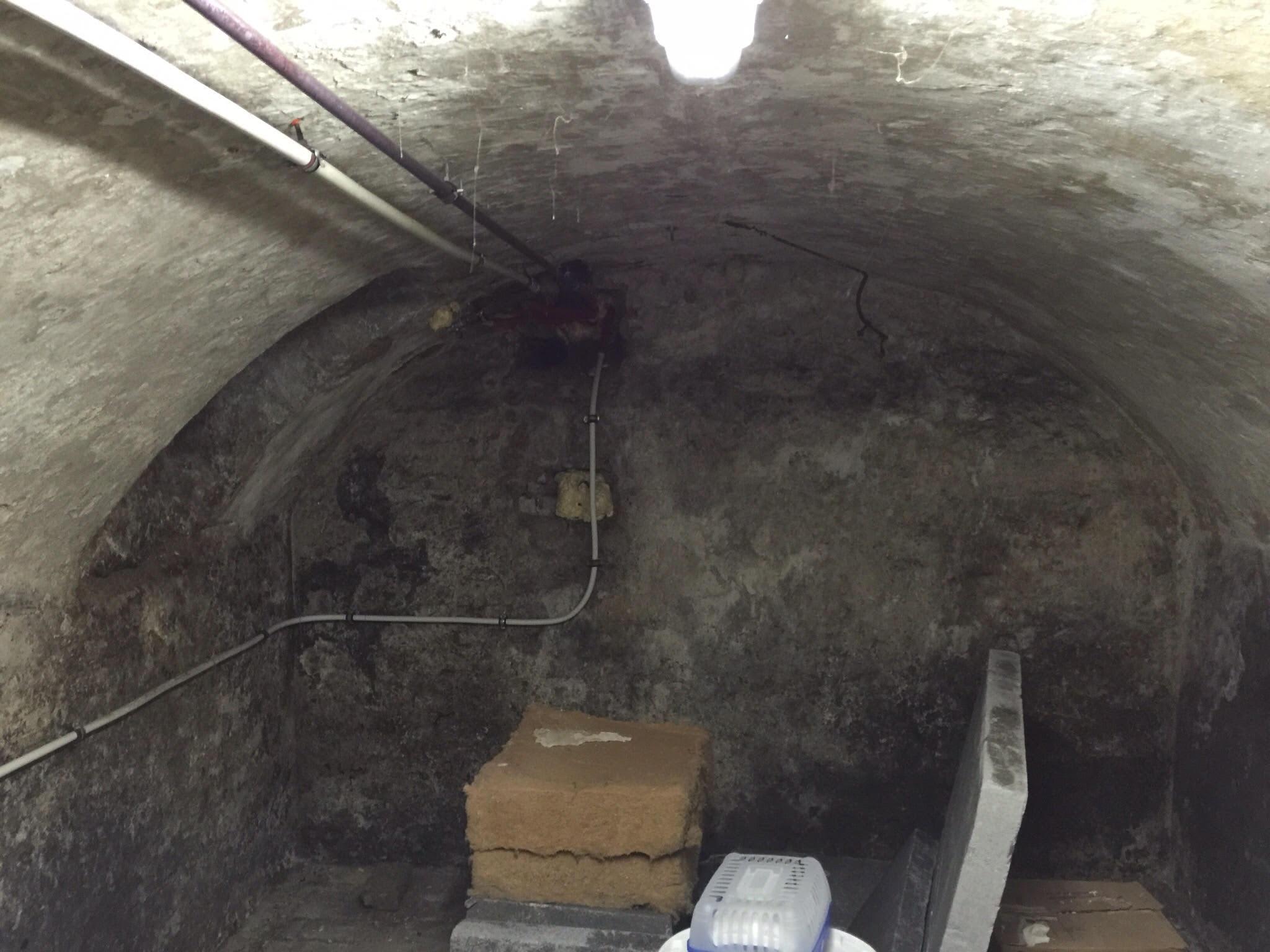 Kellergewölbe vor der Sanierung