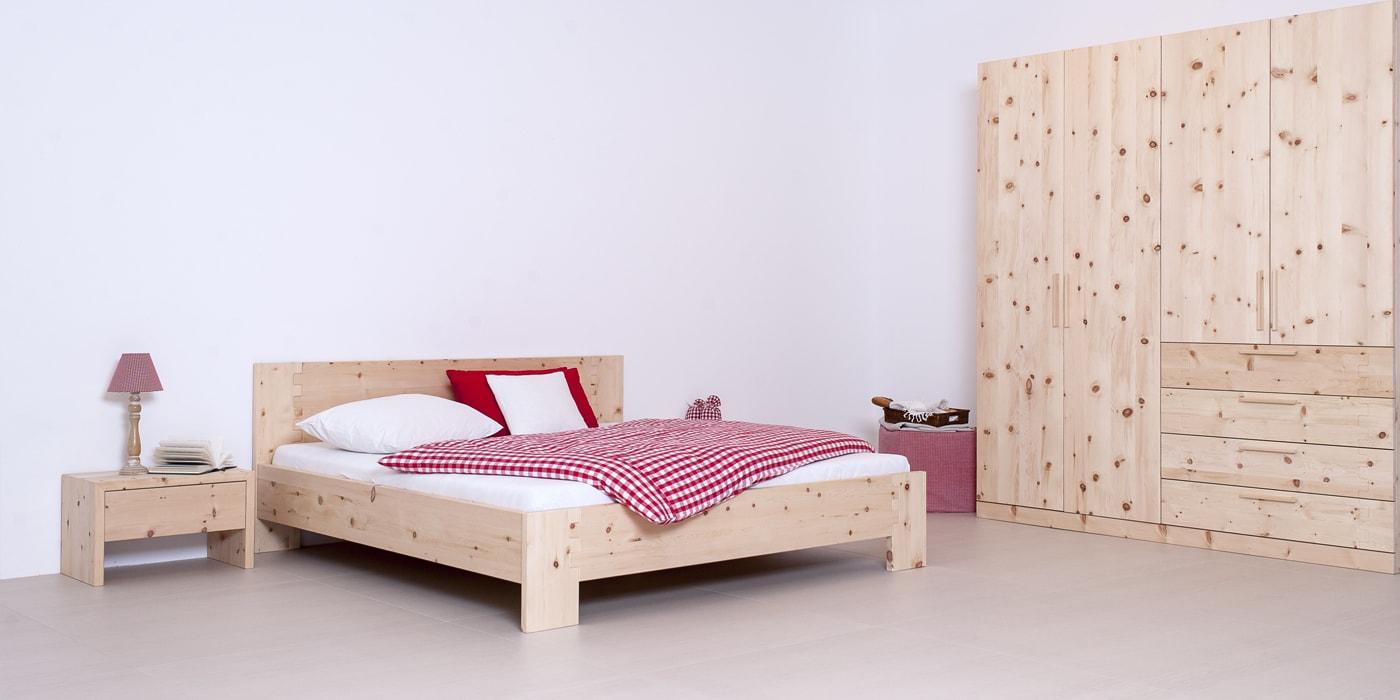 Garderform Bett Wiege Zirbe massiv Schlafzimmer