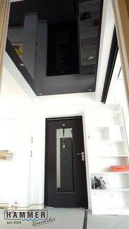 Spanndecke schwarz glänzend Eingangsbereich
