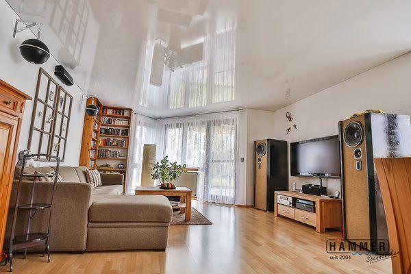 Spanndecke Wohnzimmer reinweiß glanz