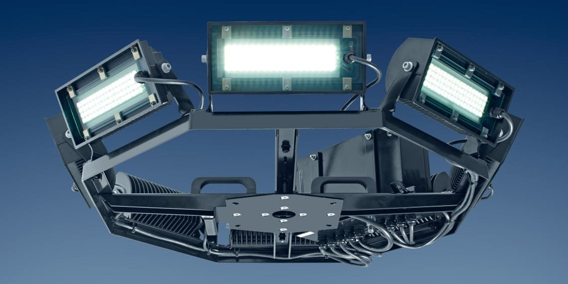 360 Grad LED FLutlichtanlage