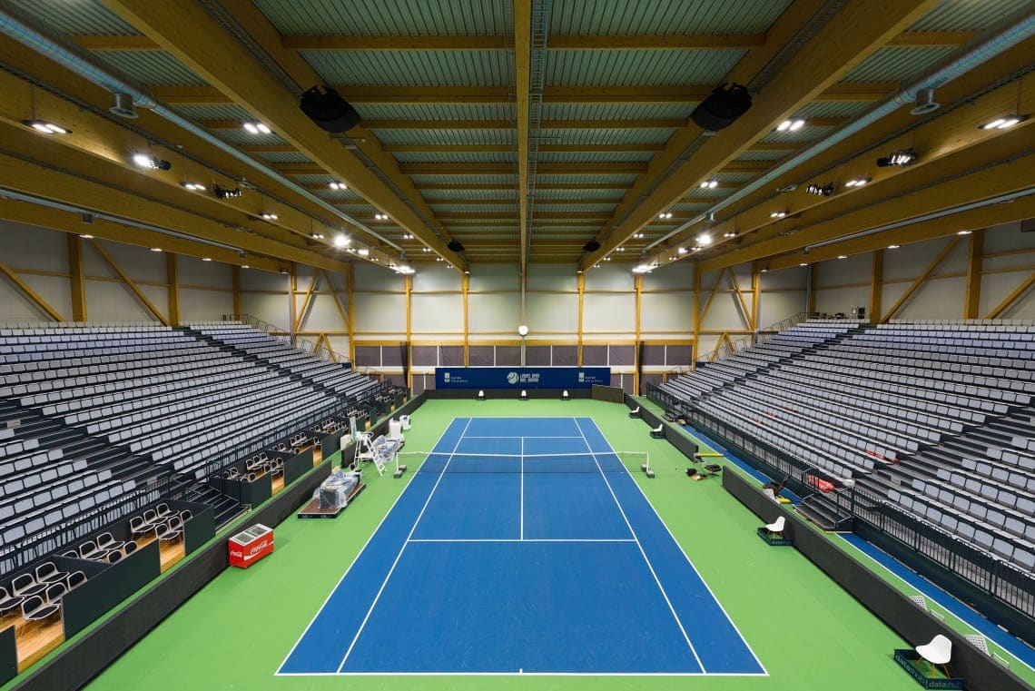 LED-TV_ Swiss Tennis Arena