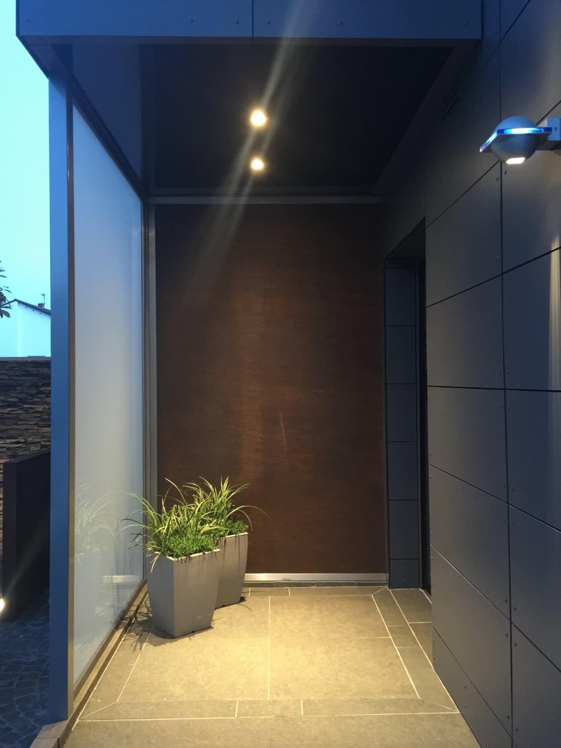 Cortenstahl Eingangsbereich mit Wand