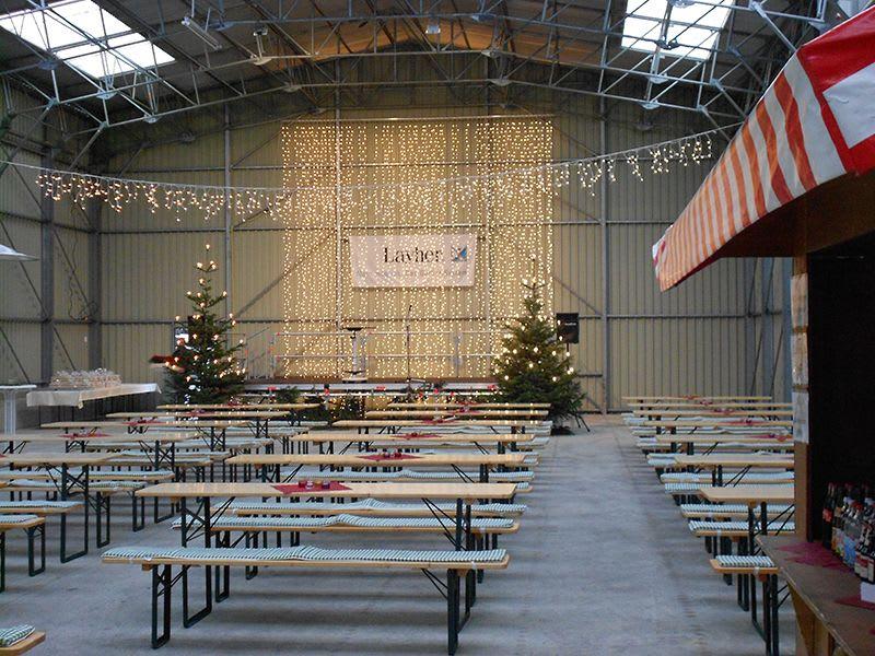 Weihnachtsmarkt Dekoration Lichterketten