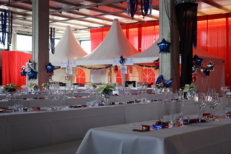 Neujahr Party Stern Luftballons blau silber rot