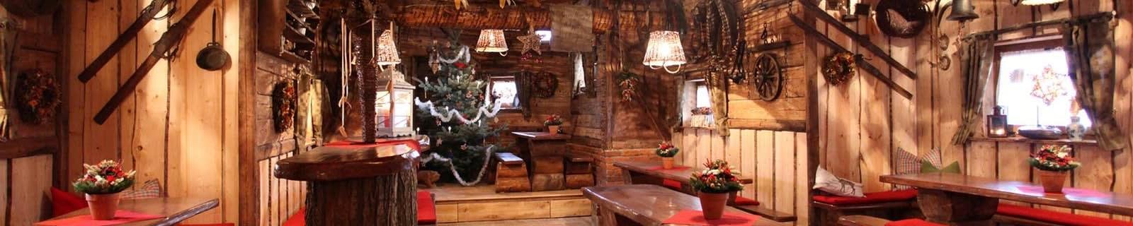 Alte Kelter weihnachtliche Holzeinrichtung