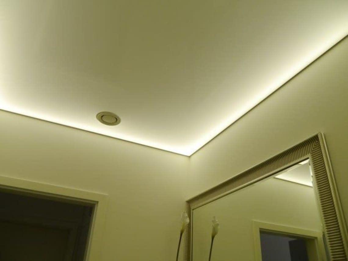 Lichtdecke im Gäste WC mit integriertem Lüfter