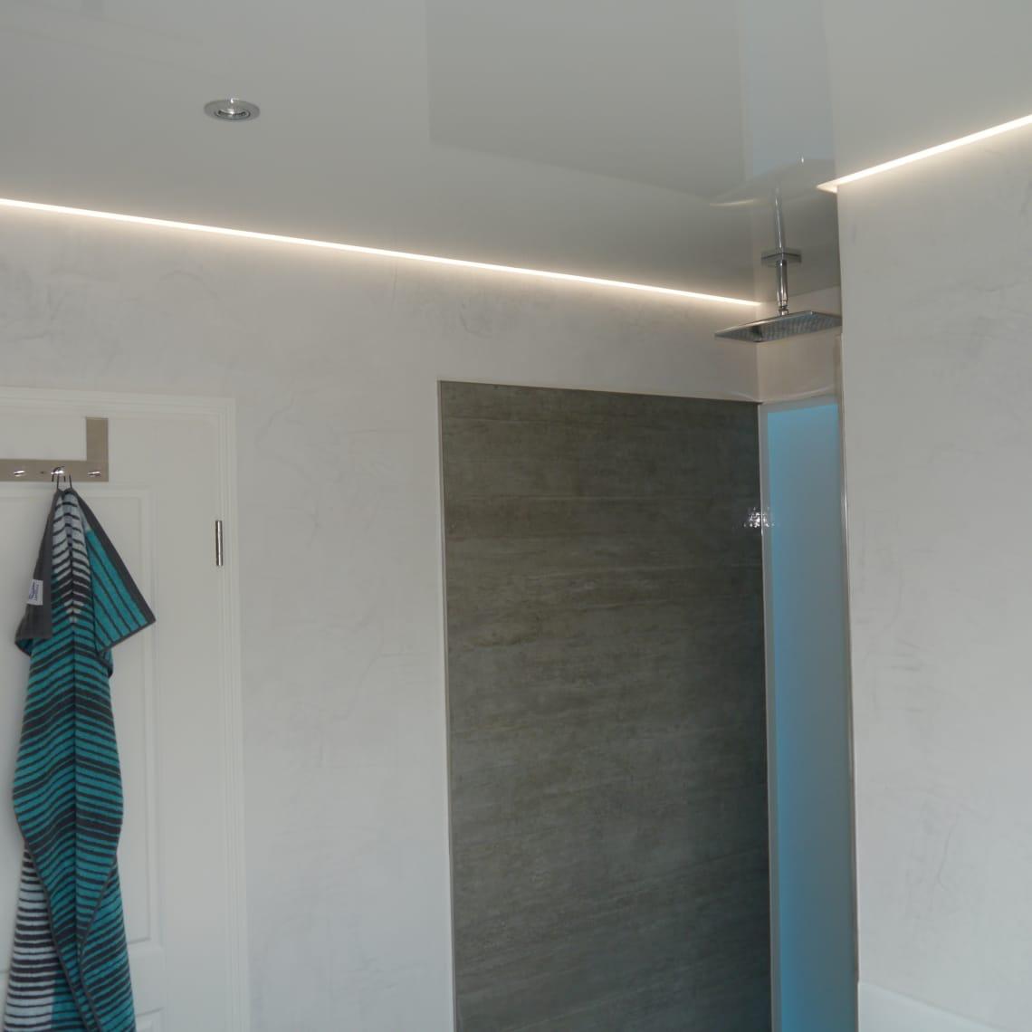 Spanndecke mit LED am Rand
