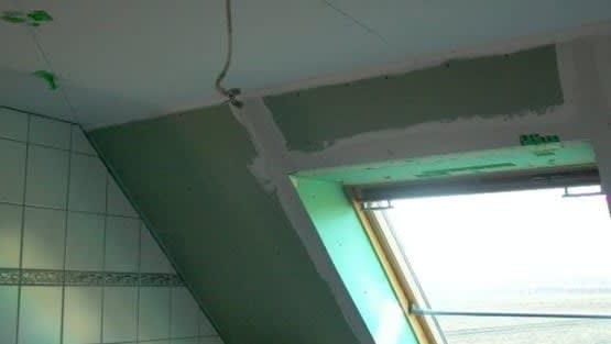 Dachschräge im Badezimmer