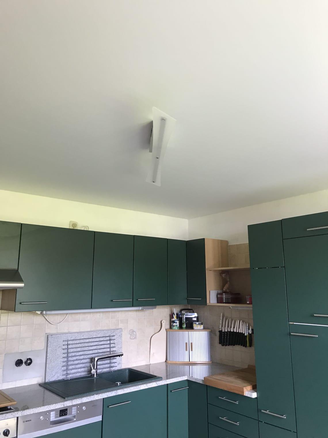 Austausch einer Holzdecke in der Küche