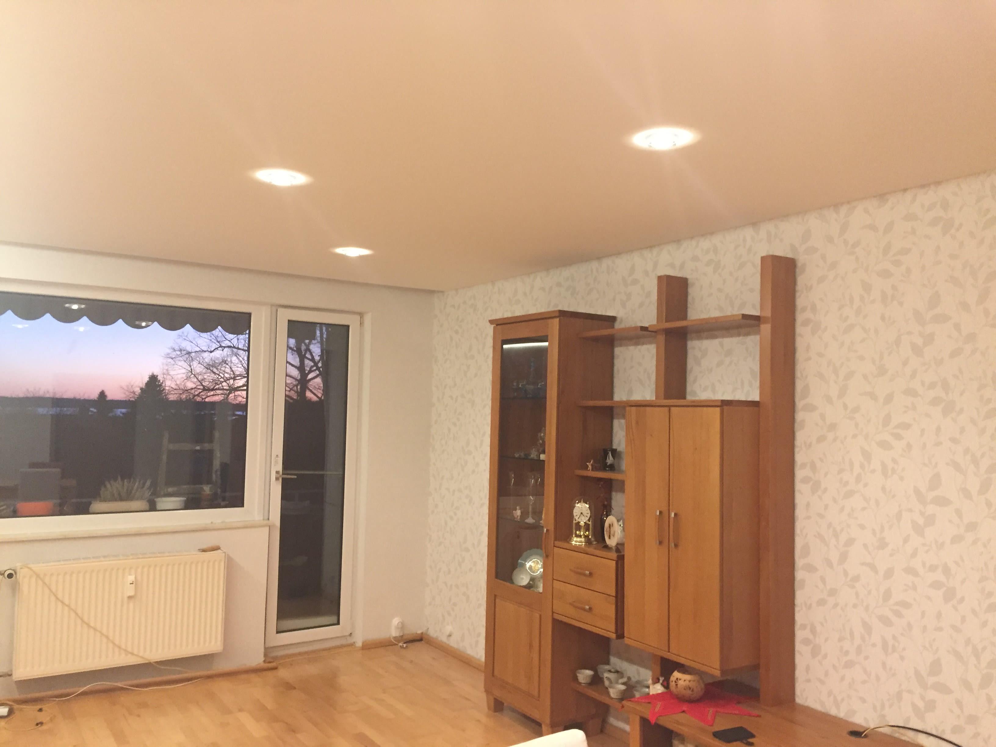 deckenstudiojenß installiert Spanndecken und Lichtdecken