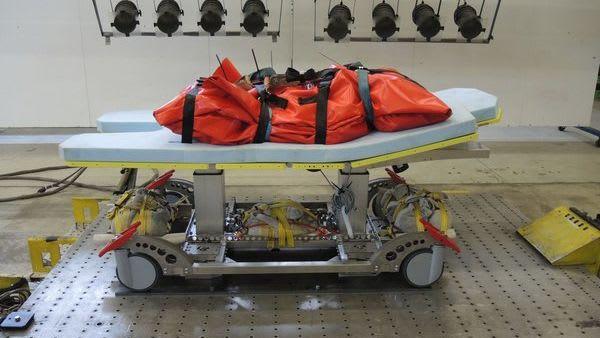 SITS-Heavystar Transportmittel mit Orangenem Paket