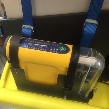 Gerätehalterung für Laerdal Absaugpumpe LCSU 4