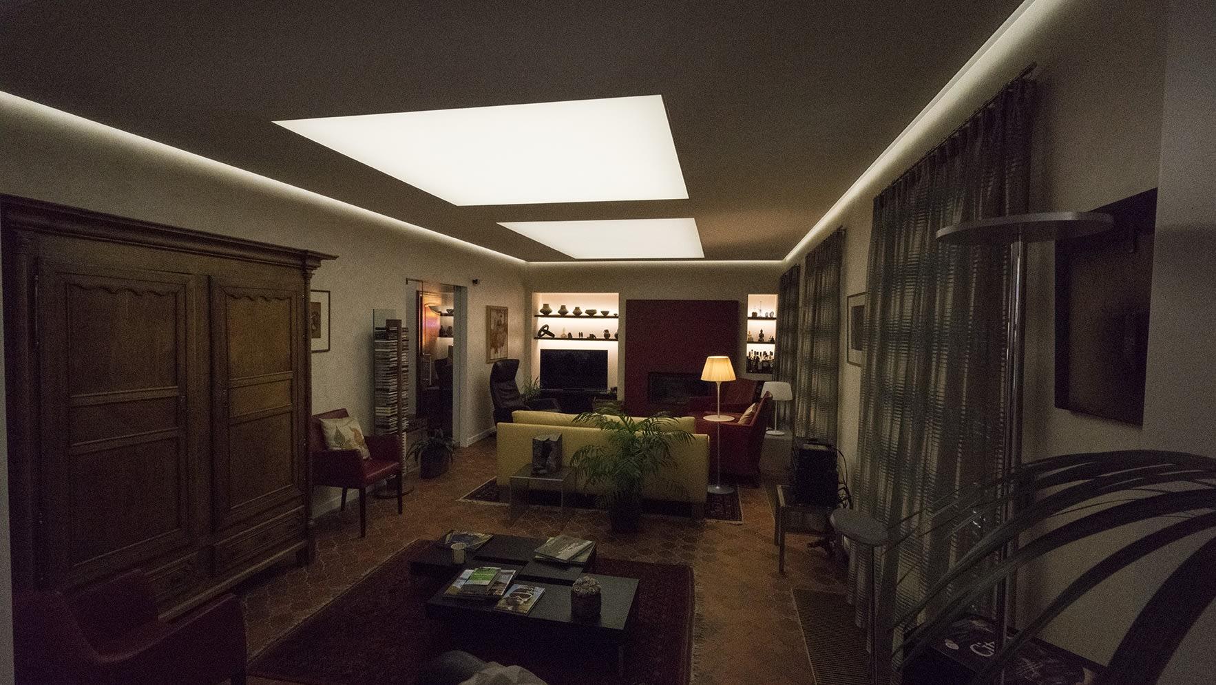 Wohnzimmer nachher Beleuchtungskonzept abgedunkelt