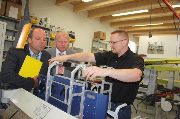 Martin Hahn MdL, Mitglied des Landtags in Baden-Württemberg und Stettens Bürgermeister Daniel Hess besuchen die Starmed