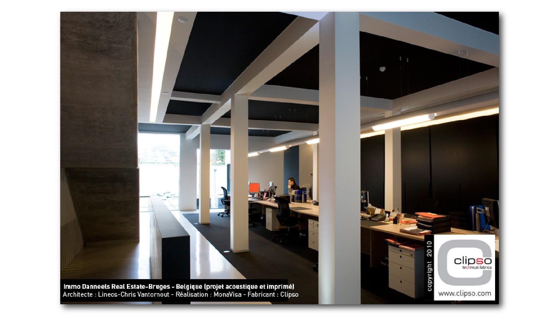 Clipso-Acoustic-Schwarz-im-Büro-01_xvtdfo