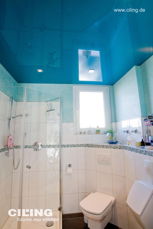Spanndecke Badezimmer, blau in hochglanz