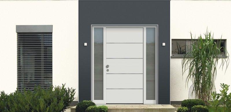 Aluminium Holz Haustüren mi weißer Hauswand