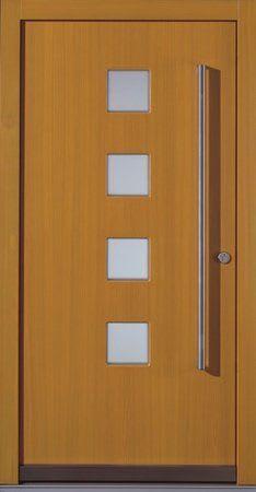 36 braune Holztür mit viereckigem Glas