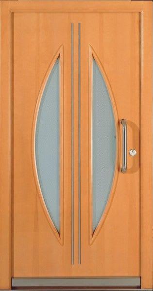 38 Braune Haustür mit halbrundem Glas